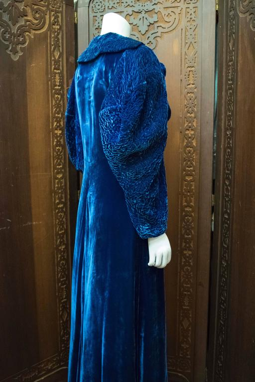 1930s Blue Velvet Opera Coat For Sale 1