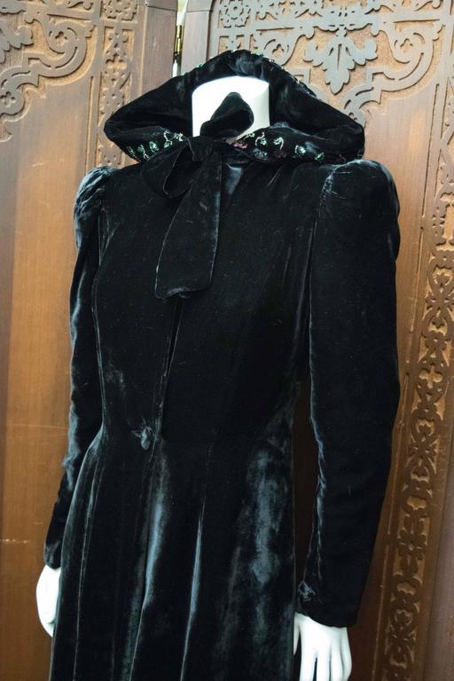 1930s Hooded Velvet Opera Coat At 1stdibs