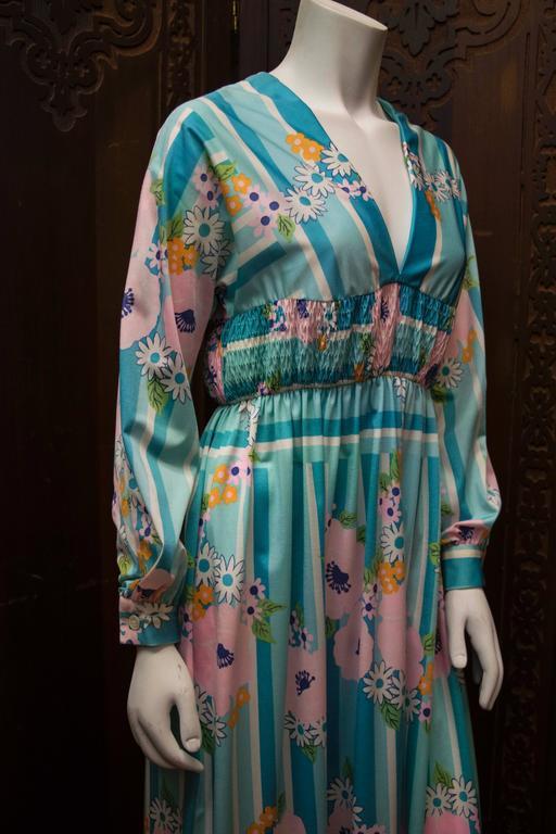 Gray 1970s Oscar De La Renta Floral Day Dress For Sale