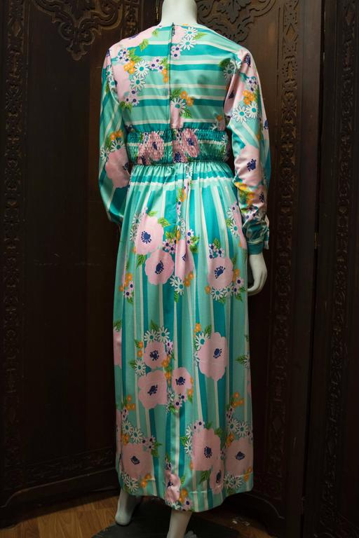 Women's 1970s Oscar De La Renta Floral Day Dress For Sale