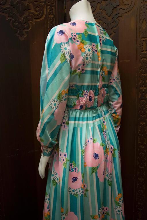 1970s Oscar De La Renta Floral Day Dress For Sale 2