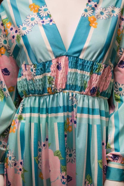 1970s Oscar De La Renta Floral Day Dress In Excellent Condition For Sale In San Francisco, CA