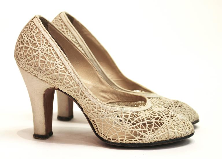 1950s Spider Web Lace Heels 2