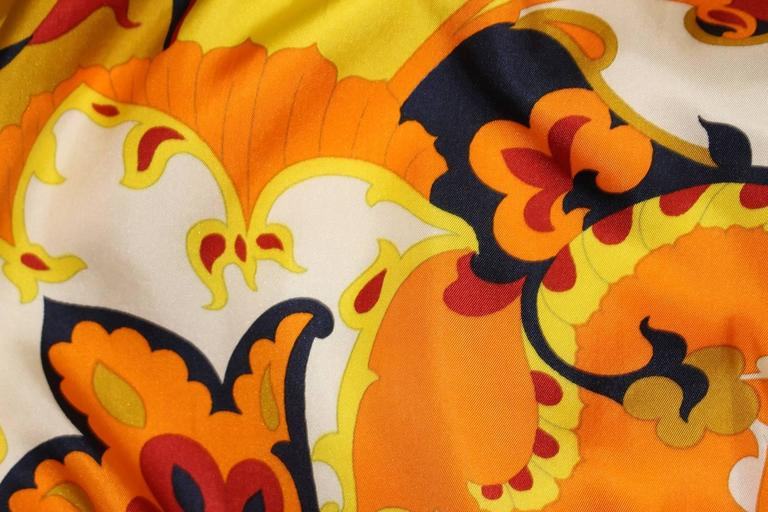 1960s Psychedelic Printed Shift Dress 4