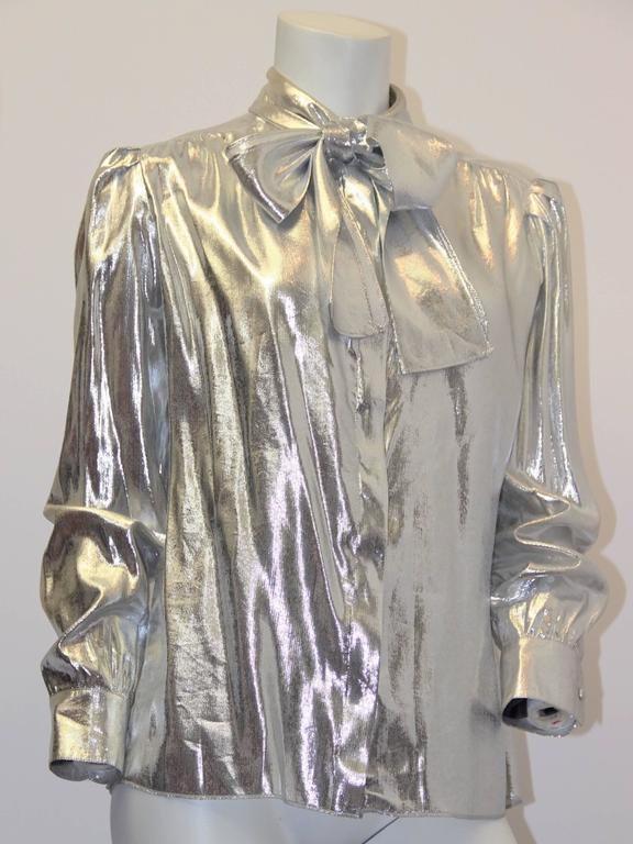 80s St John metallic bow collar blouse. Hidden button front, buttons cuffs.