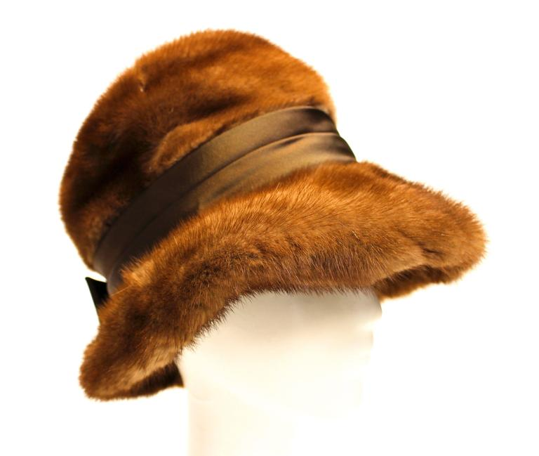 60s Mink Hat  In Good Condition For Sale In San Francisco, CA