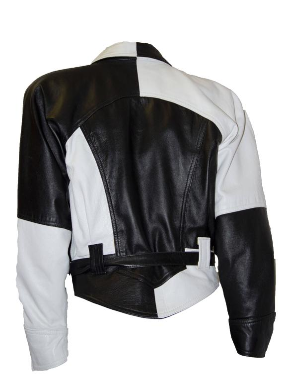 Women's 80s Black and White Napa Leather Cropped Jacket   For Sale