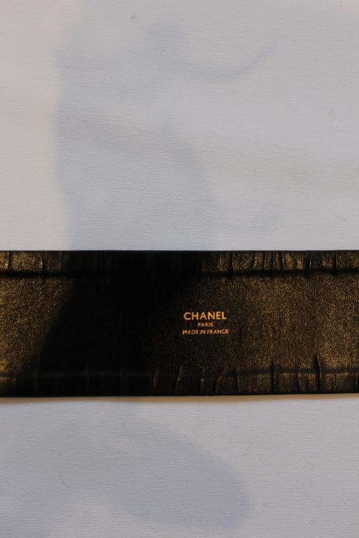 1980s Chanel Gold and Leather Belt  For Sale 4