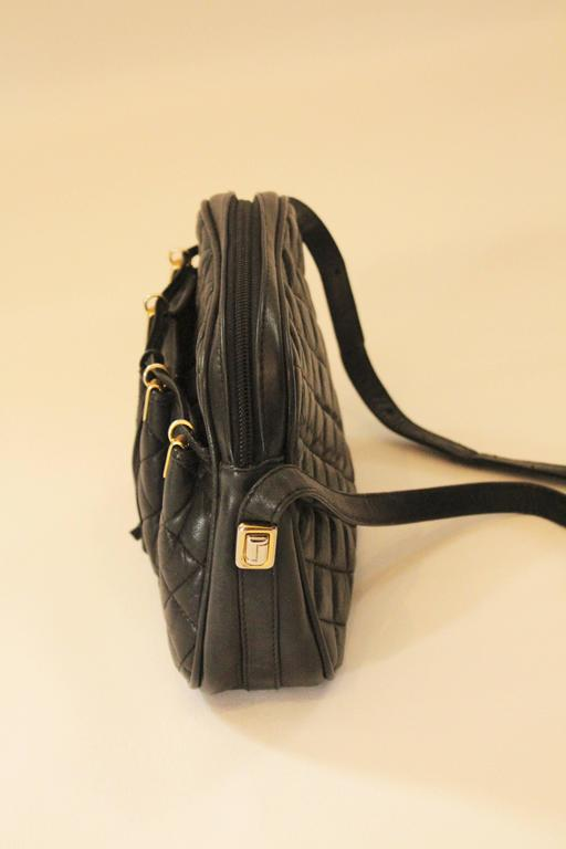 Vintage Judith Leiber Crossbody Bag  In Good Condition For Sale In Houston, TX