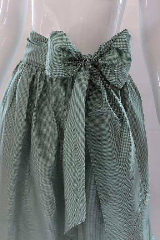 1980s Vintage Oscar de la Renta Gingham Ball Skirt  In Good Condition For Sale In Houston, TX