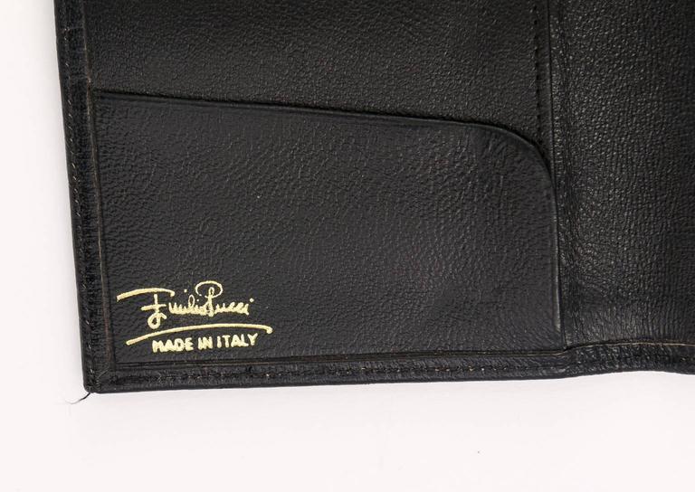 Women's Vintage Emilio Pucci logo clutch wallet  For Sale
