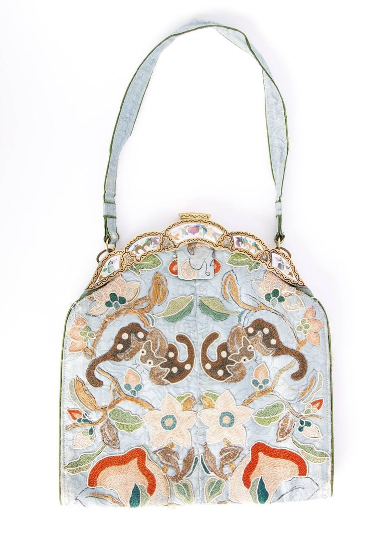 Ca.1910 Chinoiserie embroidered silk bag 2