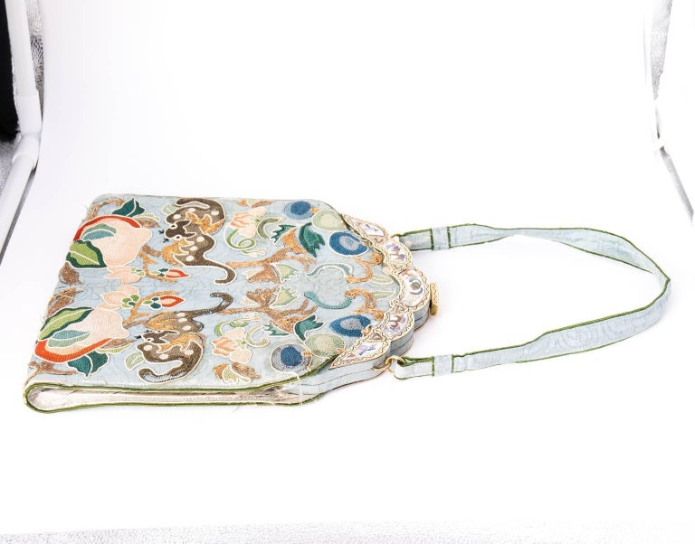Ca.1910 Chinoiserie embroidered silk bag 6