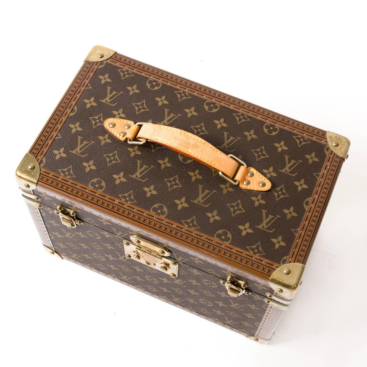 Louis Vuitton Toiletry Case Monogram 2