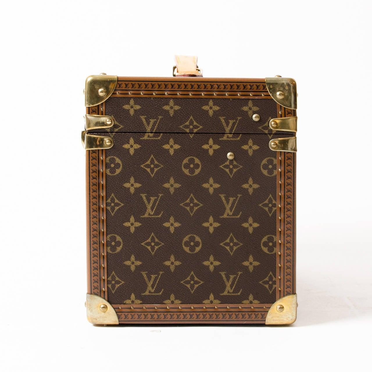 Louis Vuitton Toiletry Case Monogram 3