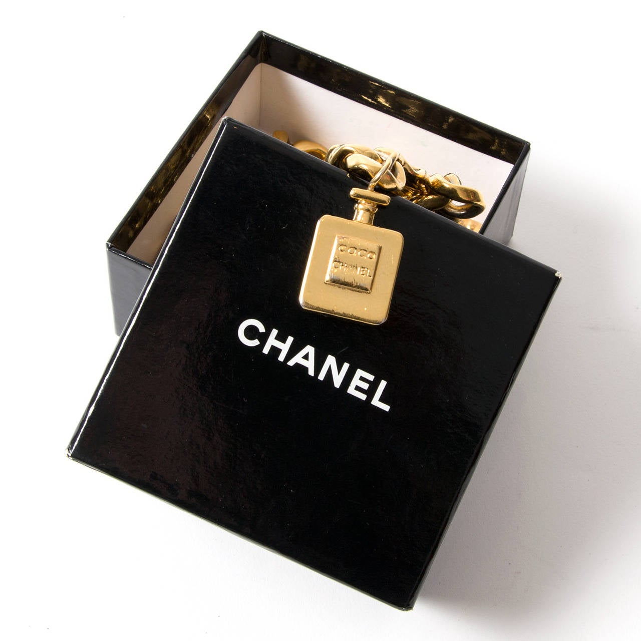 Chanel Gold Parfum Chain Belt In Excellent Condition For Sale In Antwerp, BE