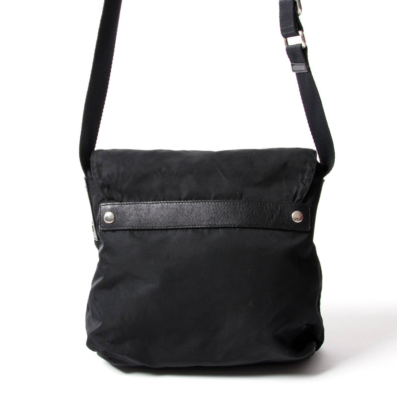 fc5e80cf0ba0 ... norway prada tessuto messenger bag in good condition for sale in  antwerp be 42ac3 317a5