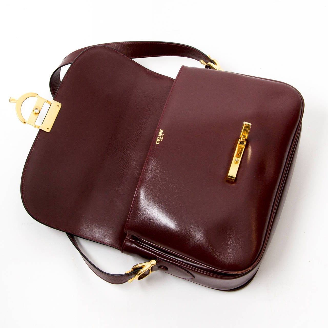 772f57c986 Women s Céline Vintage Burgundy Shoulder Bag For Sale