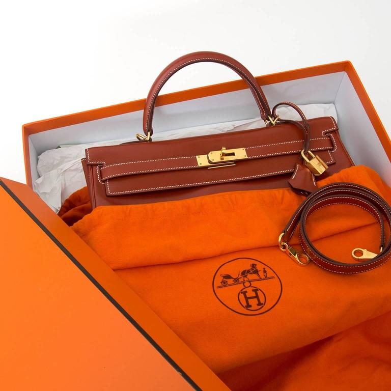 92a0c17958 Hermès Kelly Brique Box Calf 35 GHW The Hermès Kelly bag is one of the most