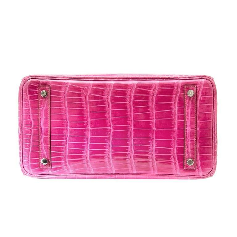 Hermes Birkin 30 Crocodile Porosus Lisse Fuchsia  In Excellent Condition For Sale In Antwerp, BE