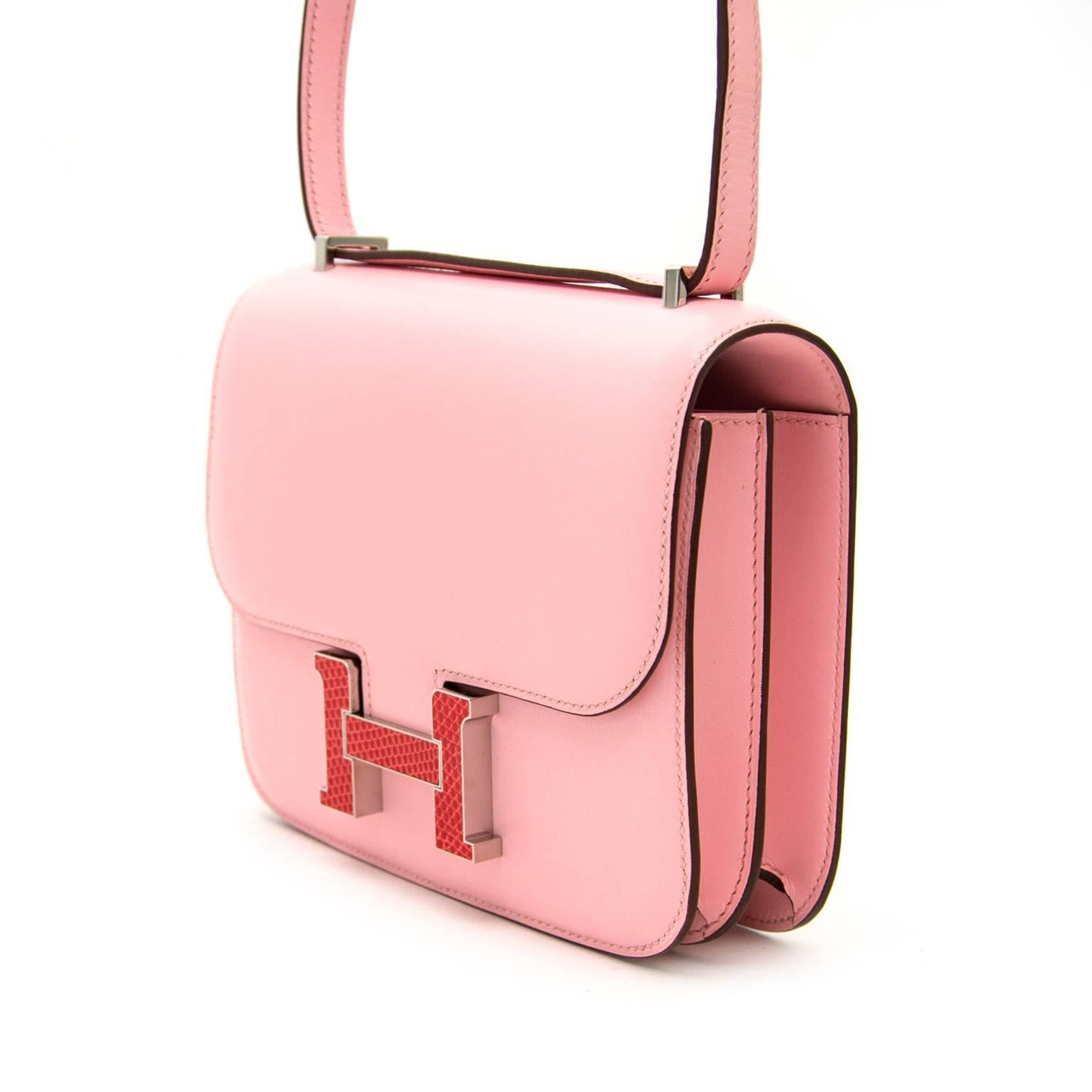 8f4a23be8673 Very Rare and New Hermès Constance 18cm Rose Sakura lezard   tadelakt at  1stdibs