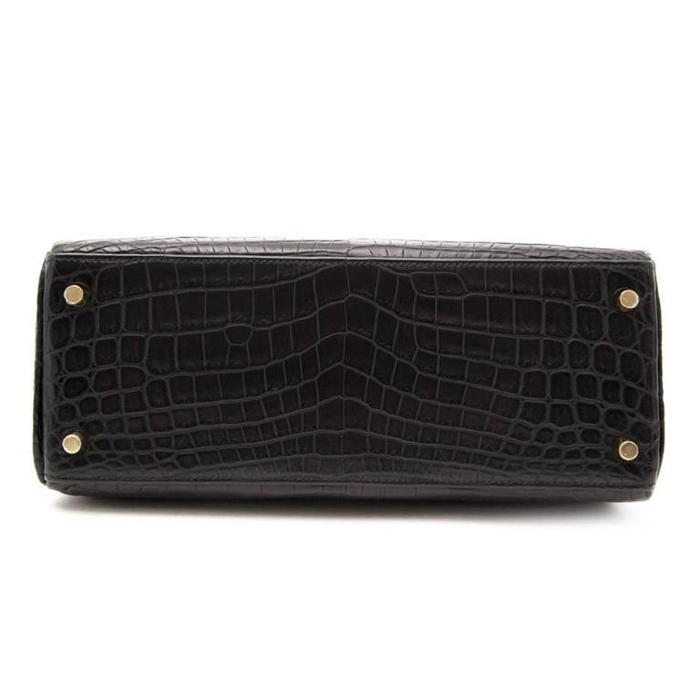New Hermes Black Kelly 28 matte Croco Niloticus 28 In New Condition In Antwerp, BE