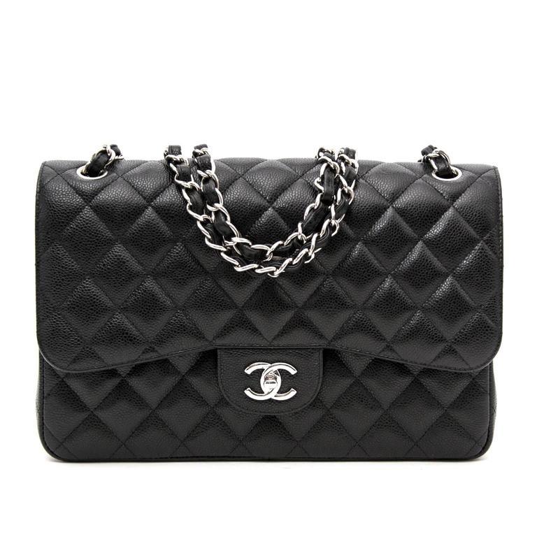 04c5eb8e05d7 Chanel Jumbo Classic Flap Bag at 1stdibs