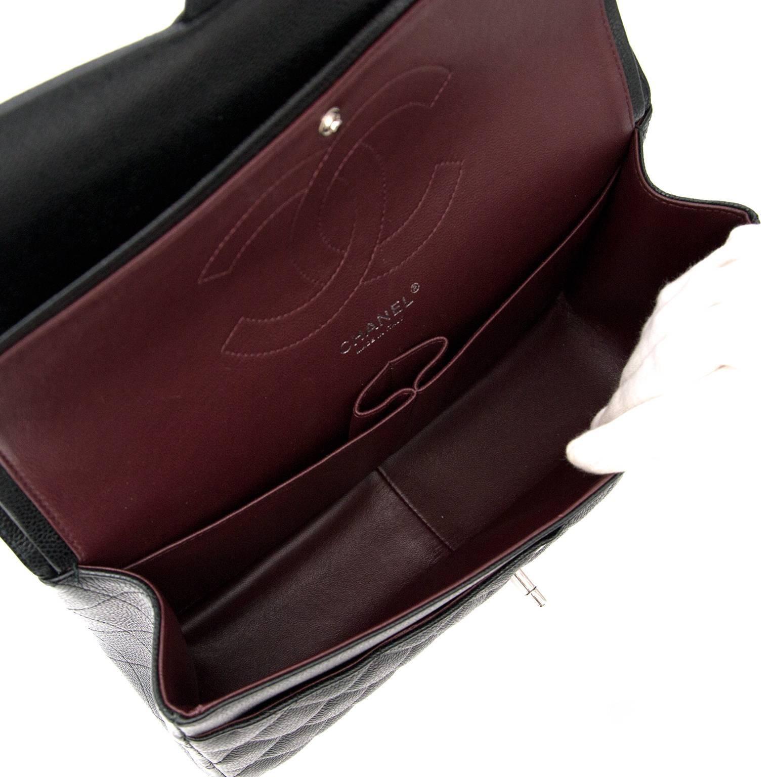 38a76951b3b2b6 Chanel Jumbo Classic Flap Bag at 1stdibs