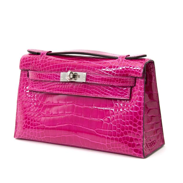 Red Rare Brand New Hermes Kelly Pochette Alligator Rose Sheherazade PHW For Sale