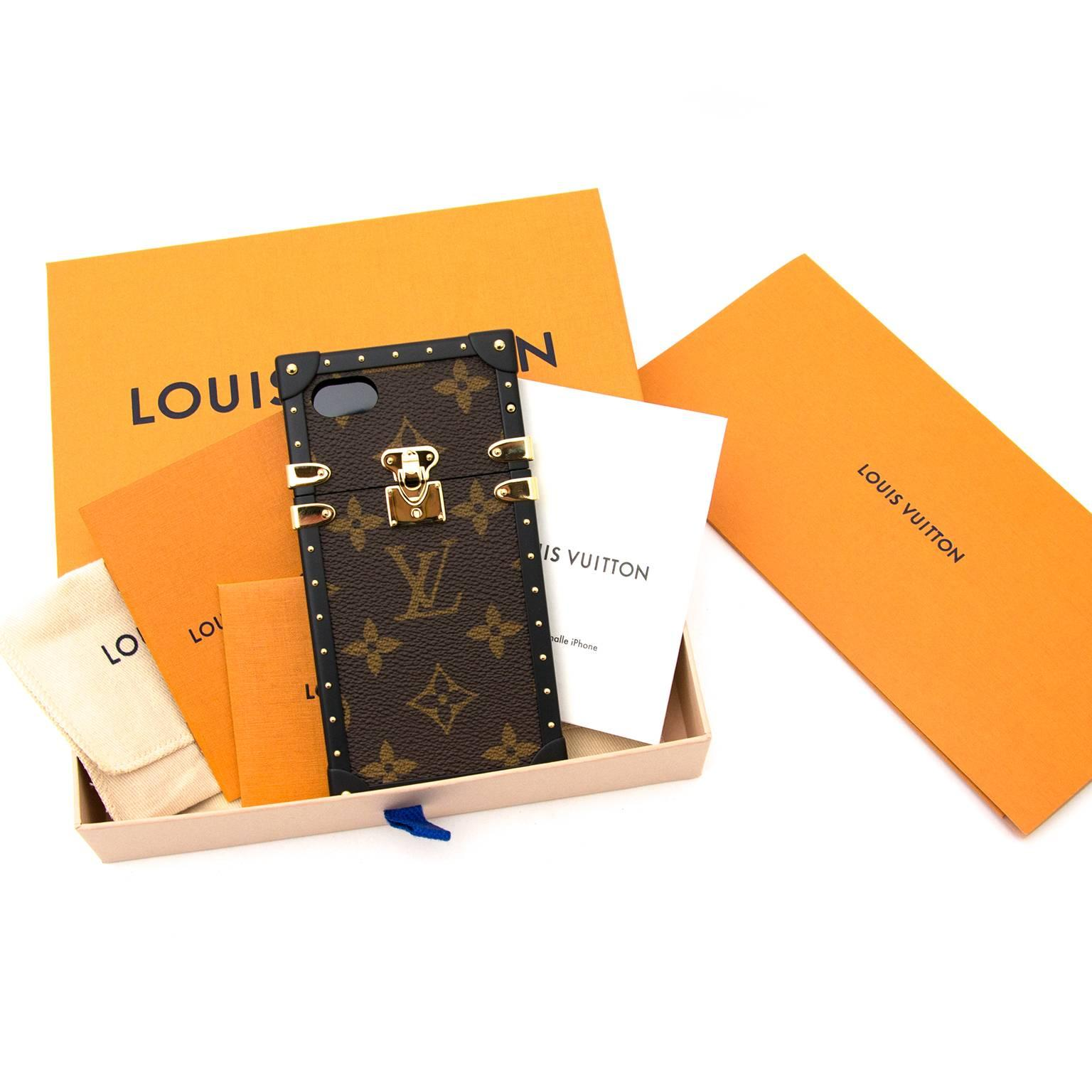 timeless design 6e942 affaf Brand New Very RARE Louis Vuitton Petite Malle-Inspired iPhone 7 Case