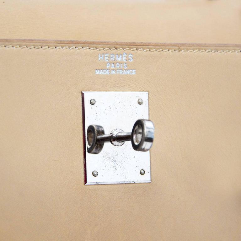 Beige Hermes Kelly 32 Poussiere Box Calf + Strap