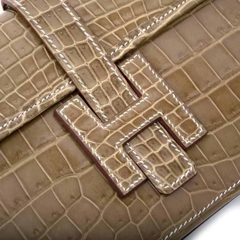 Hermes Pochette Jige Elan 29 Crocodile Niloticus Lisse Ficelle For Sale 3