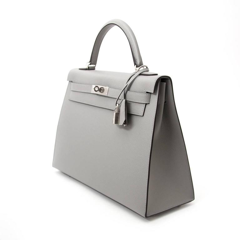 Hermes Kelly 32 Epsom Gris Mouette In New Never_worn Condition For Sale In Antwerp, BE