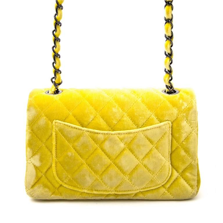 Chanel New Mini Yellow Velvet Flap Bag In Good Condition For Sale In Antwerp, BE