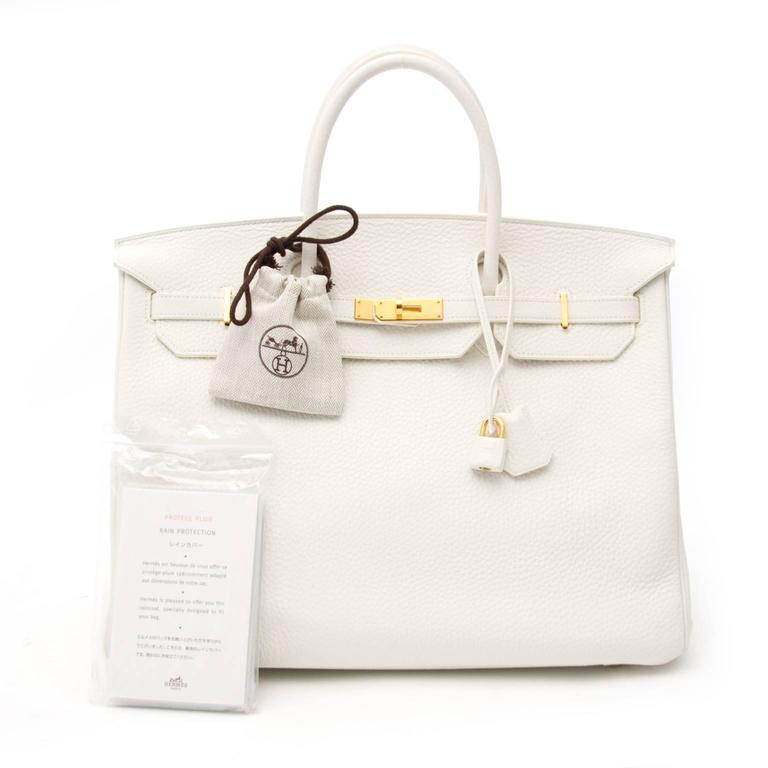 Very Good preloved condition  Hard to find Hermès White Birkin 40 Taurillon Clemense GHW  This White Hermès Birkin in Taurillon Clemence leather comes in a hard to find white color. This type of leather has a slightly bigger grain then other