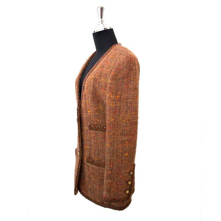 Brown Chanel Autumn Wool Blazer - Size 40 For Sale