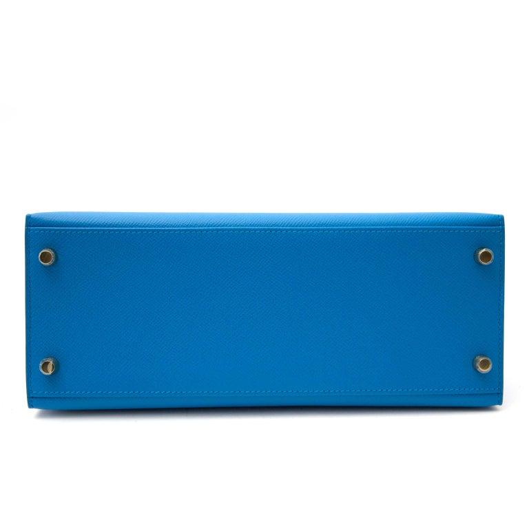 Women's Hermès Kelly Sellier 28 Epsom Bleu Zanzibar GHW For Sale