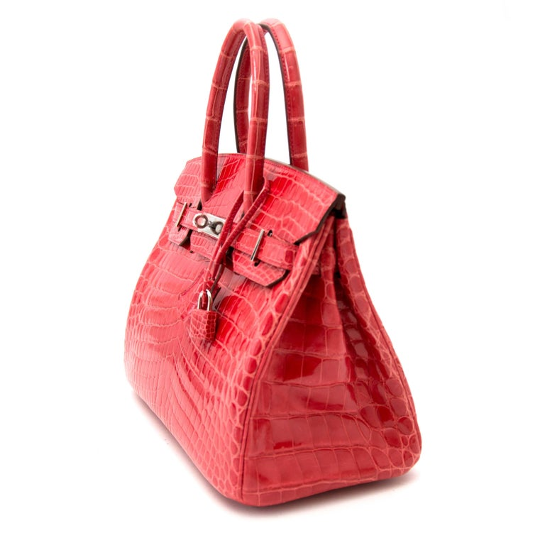 Red Hermès Birkin 30 Crocodile Niloticus Matte Geranium For Sale