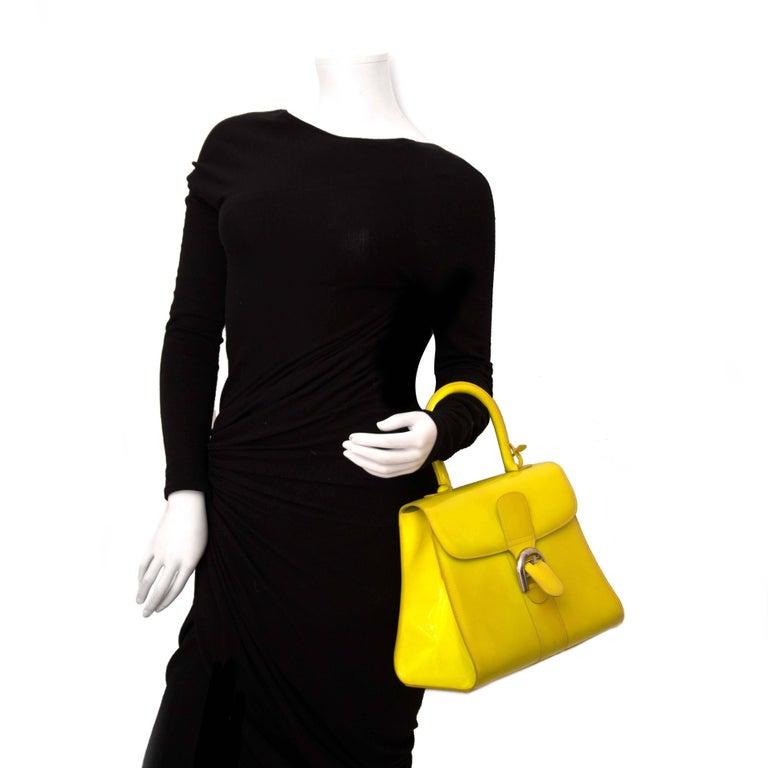 Delvaux Limited Patent Fluorescent Yellow Brillant closure Bag For Sale 2