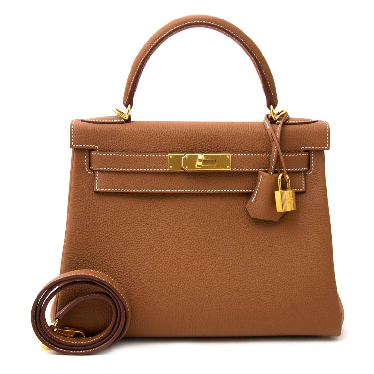 Hermès Kelly 28 Togo Gold GHW In New Condition For Sale In Antwerp, BE