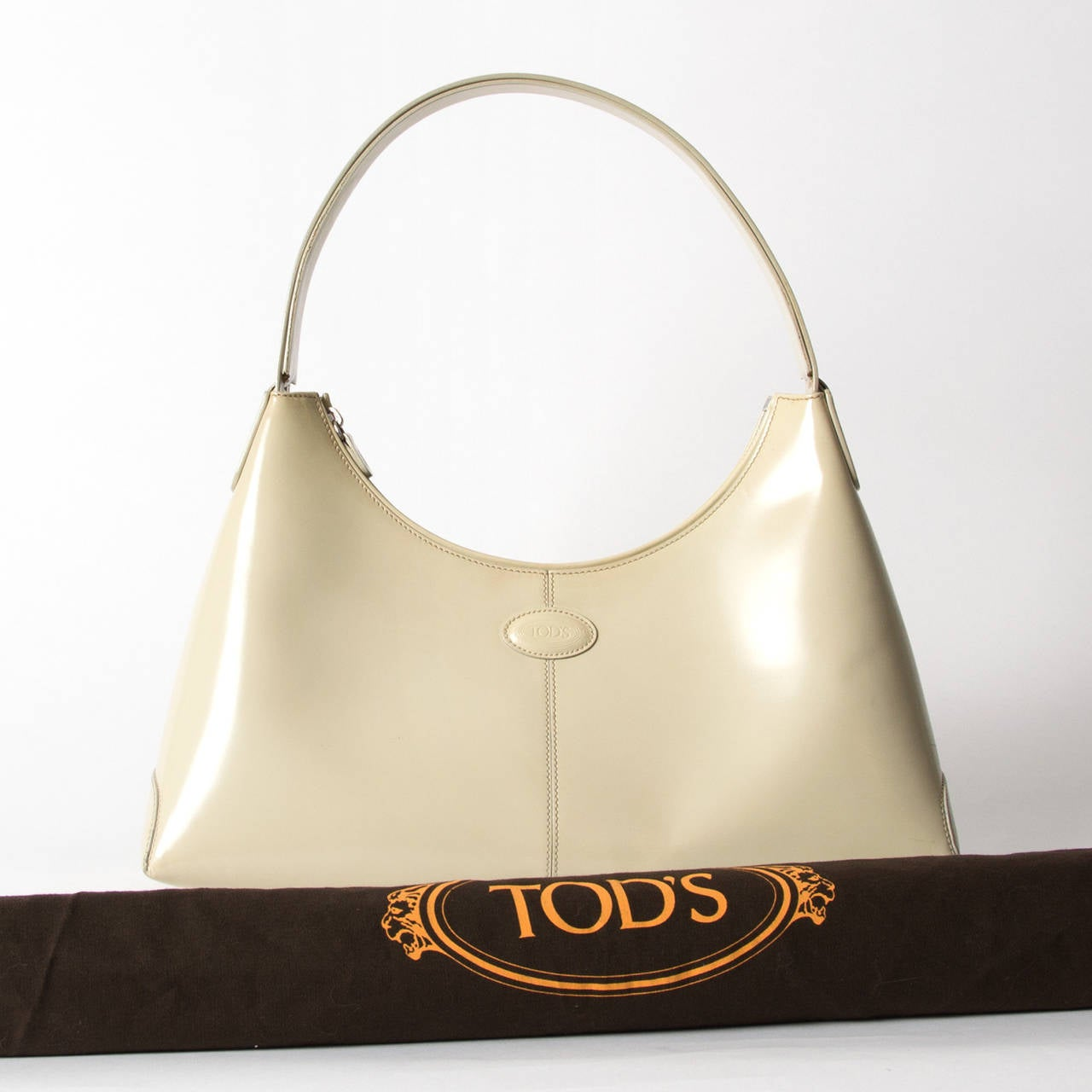 Women's Tod's Cream Shoulder Bag For Sale