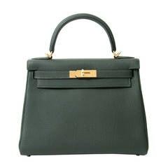 a8f326efd7 BRAND NEW Hermès Kelly Bag 28 Togo Vert Fonce GHW With Shoulder Strap