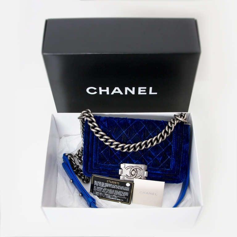 Chanel Boy Flap Bag Blue Velvet 20 3