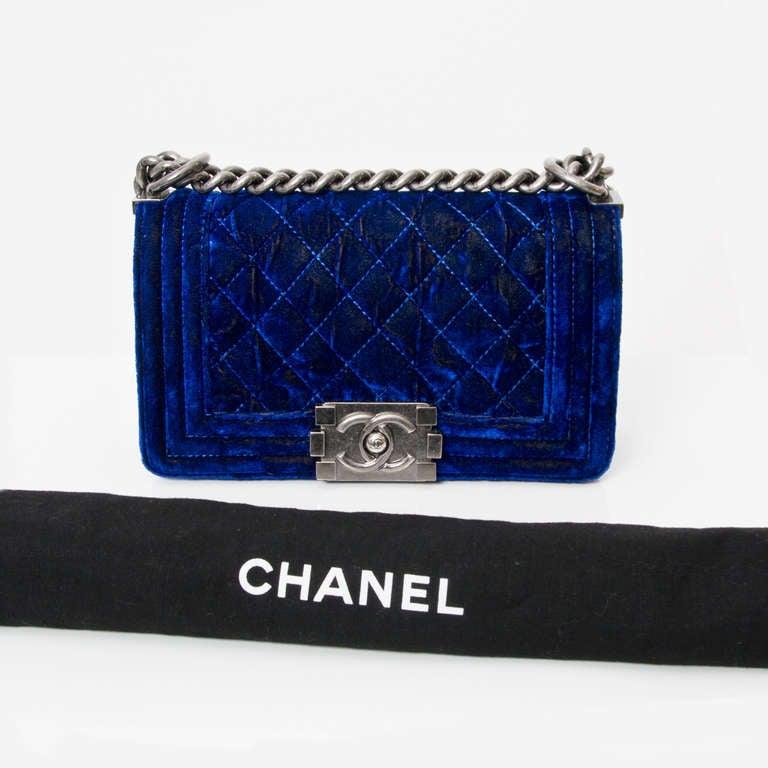Chanel Boy Flap Bag Blue Velvet 20 6