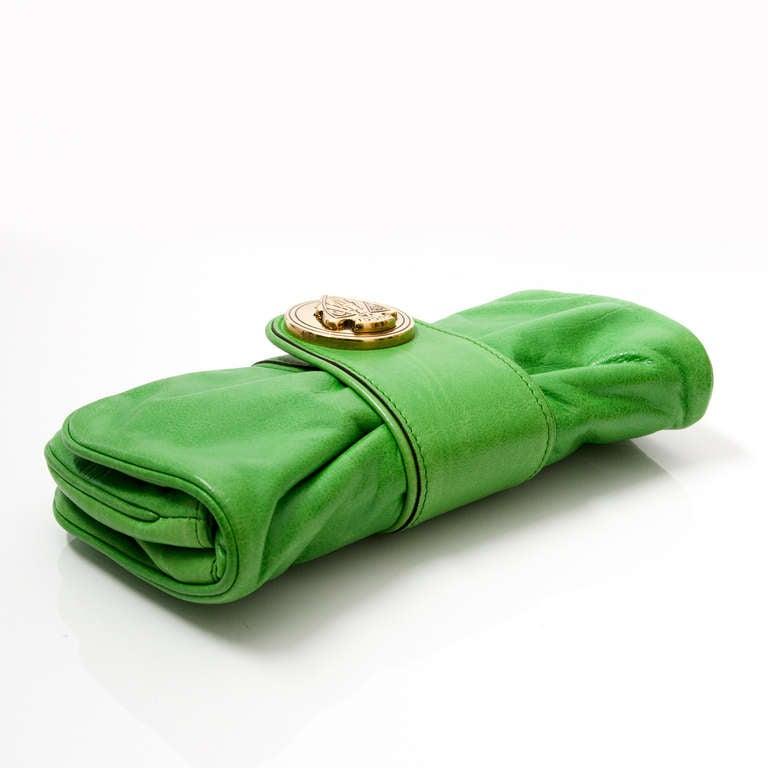 Gucci Hysteria Clutch Green At 1stdibs