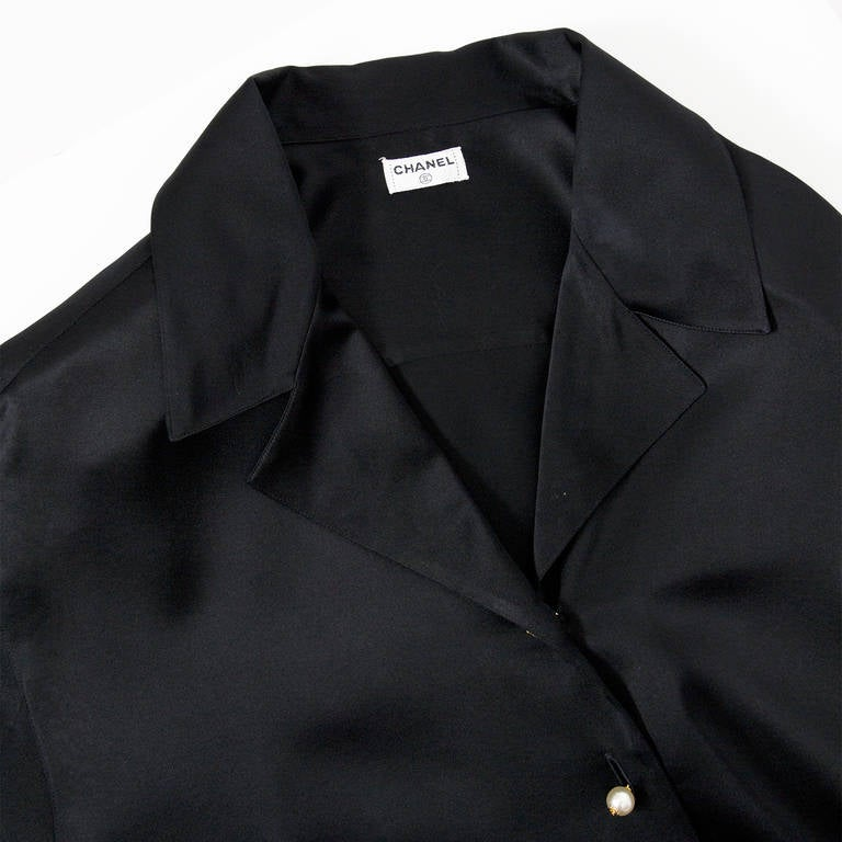Chanel Black Silk Blouse In Excellent Condition For Sale In Antwerp, BE