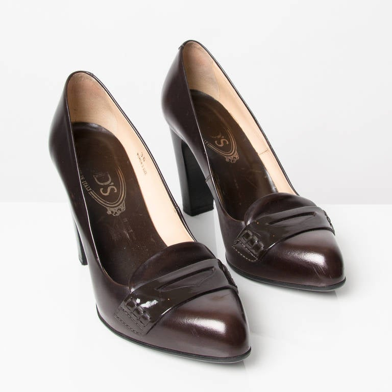 Chocolate Brown Patent Shoes