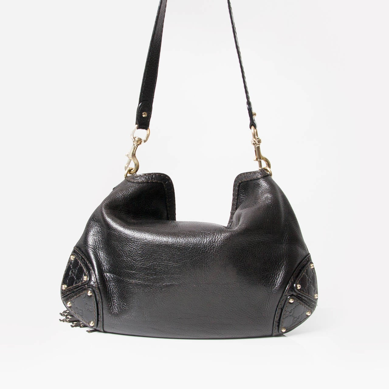 fd843fbd501df6 Gucci Black Babouska Indy Bamboo Tassel Hobo Bag In Good Condition For Sale  In Antwerp,
