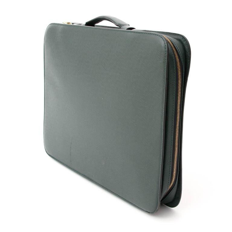 5f99d5842105 Vintage Louis Vuitton dark green baltik taiga Porte-document. Designed with Taiga  leather