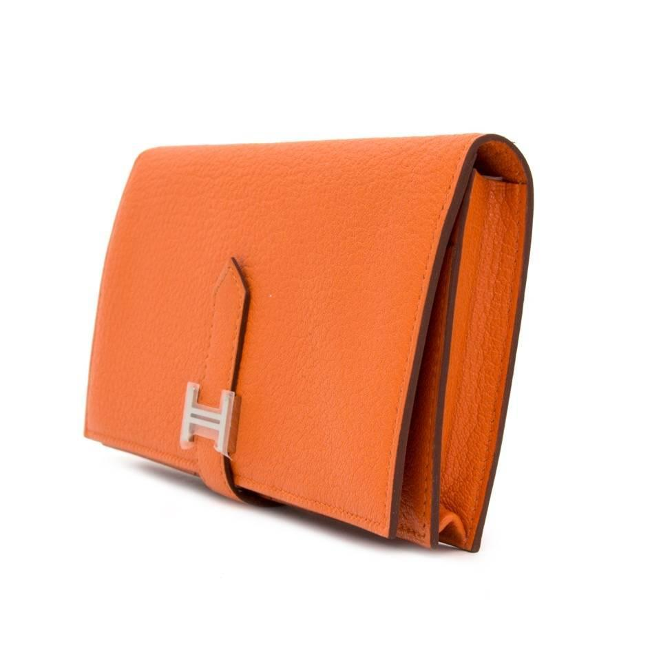 herm232s orange bearn souflet wallet at 1stdibs